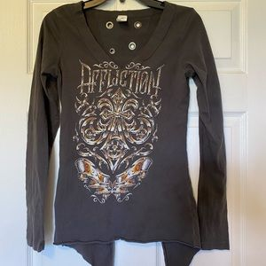 Affliction V back long sleeve tee
